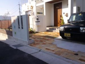 家とマッチした駐車スペース
